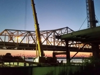 Liebherr LTM1400 Louisville Bridge Beams