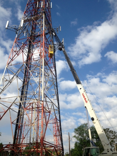 cell tower - manbasket work