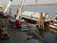Liebherr LTM 1250,    LTM 1300  Vessel Offload Mt Vernon Indiana