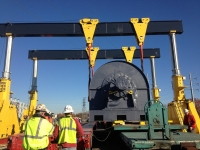 565K Generator transfered from rail to transporter